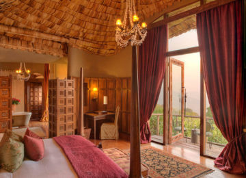 1 Ngorongoro_crater_lodge_Luxus Safari©andBeyond