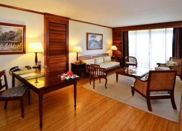 2Panoramic Suite Living Room_Intercontinental Tahiti©Tekura Tahiti Travel