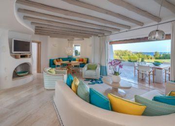 Villa mit 3 Schlafzimmern Wohnzimmer©Hotel Romazzino