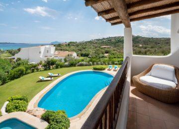 Villa mit 3 Schlafzimmern Villa Giada Terrasse Meerblick©Hotel Romazzino