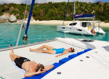 Luxusyacht Katamaran chartern