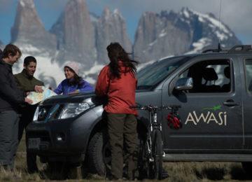 6 Chile_Privat_Ausflug_Torres del Paine_Luxus_offroad ©Awasi