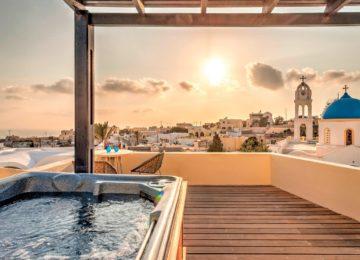 Aegean Suite Jacuzzi©Vedema, a Luxury Collection Resort, Santorin