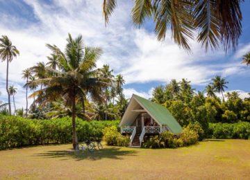 AlphonseIsland©overview-of-beach-bungalow