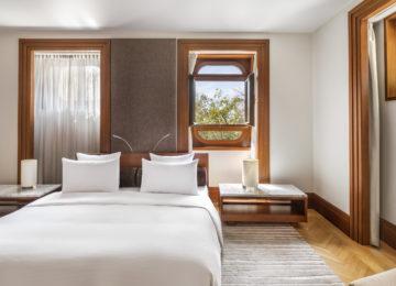 Aman Sveti Stefan, Montenegro – Queen Marija Suite bedroom
