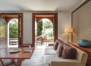 Aman Sveti Stefan, Montenegro – Queen Marija Suite living room