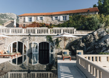 Aman Sveti Stefan, Montenegro – Singnature Poo