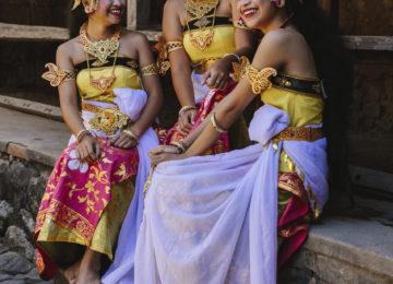 Amankila, Bali – Local Village Balinese Dancers