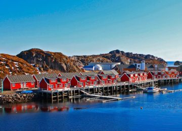 Another place to stay in an authentic fishermen's cabin is Nyvågar Rorbuhotell. Photo © Classic Norway