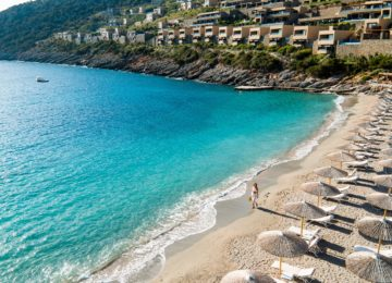 Daios Cove Luxury Resort & Villas_ Kreta_Beach_Aerial
