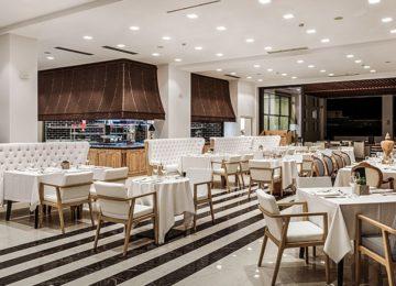 F-Zin Ivy League Restaurant©Abaton Island Resort Kreta