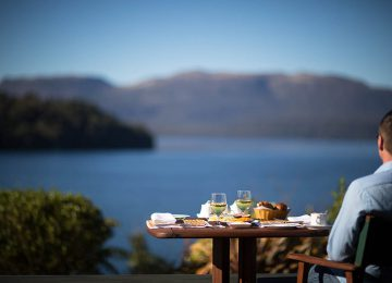Fine Dining Outdoors © Solitaire Lodge