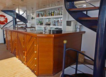 Upper Deck Bar ©Galileo Luxuskreuzfahrt