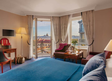 Grand_Deluxe_room©Kempinski_Hotel_Moika_22