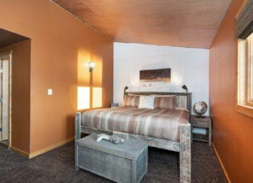 Guestroom©Dymond Lake Eco Lodge-Scott Zielke