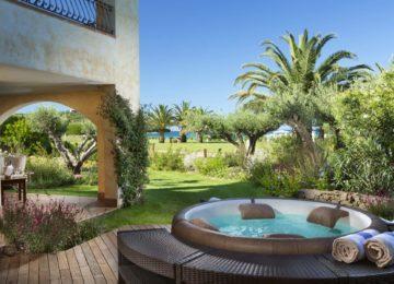 Junior-Suite-Outdoor-Jacuzzi-Abi-dOru-Hotel