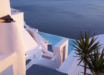Luxus Suite Außenbereiche ©Katikies Santorini
