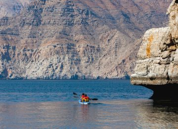 Kayaking in Musandam © Six Senses Zighy Bay