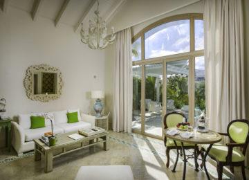 Luxury-Pool-One-Bedroom-Suite-Eden-Roc-Cap-Cana