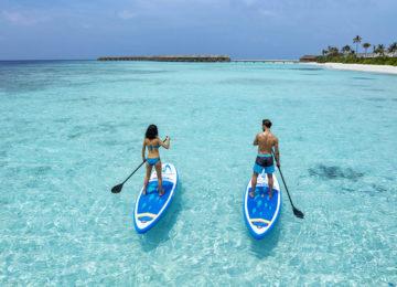 Malediven_StandupPaddling©Hurawalhi