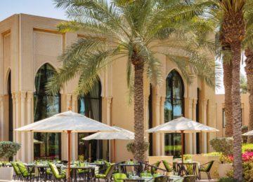 OO_RoyalMirage_FB_Residencies_DiningRoom_Terrace_1109_MASTER