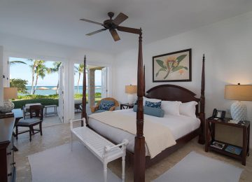 Ocean Front King Size Bed©Tortuga Bay Hotel at Puntacana Resort & Club