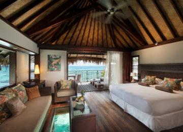 Overwater Bedroom Südsee Moorea Hilton Lagoon Luxusresort
