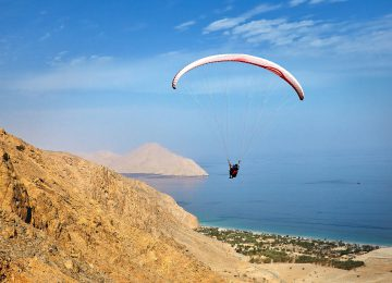 Paragliding © Six Senses Zighy Bay