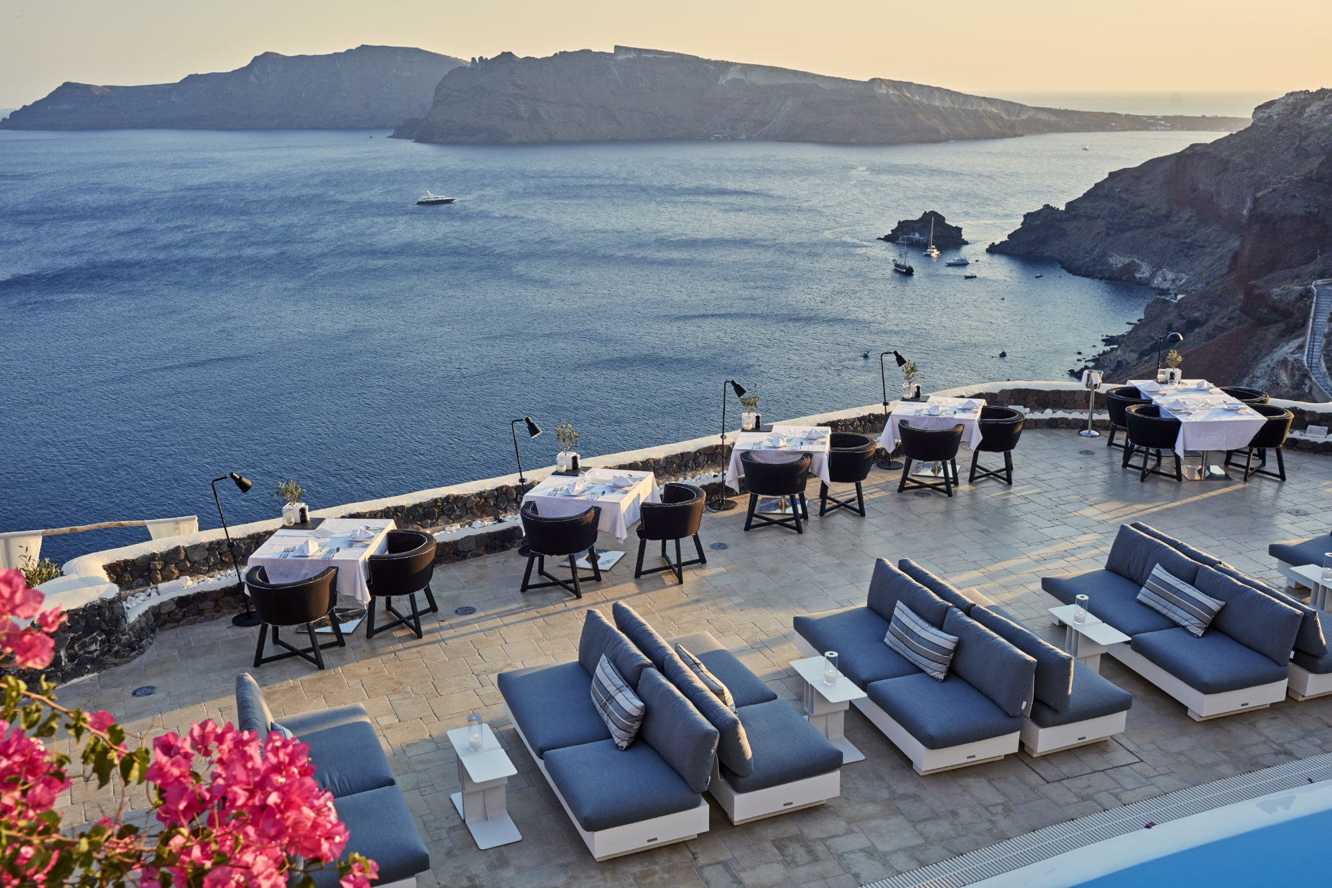 Europa – Griechenland, Santorin, Canaves Oia Suites