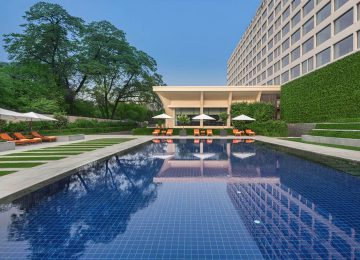 Pool © The Oberoi Delhi