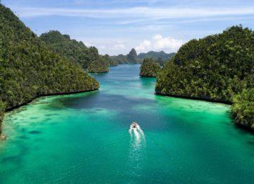 Raja Ampat aboard©True North