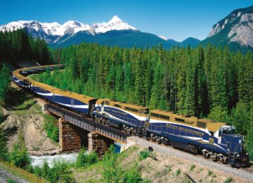 Rocky Mountaineer©GoldLeaf-Service