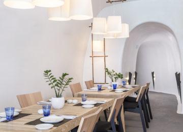 SELTZ Champgane Bar & Restaurant ©Katikies Santorini