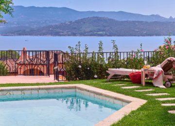 Superior Suite Pool ©Villa del Golfo Lifestyle Resort