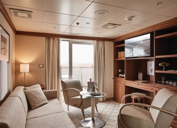 Silver Explorer – Owners Suite