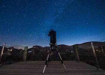 Stargazing in Jabal Akhdar © Alila
