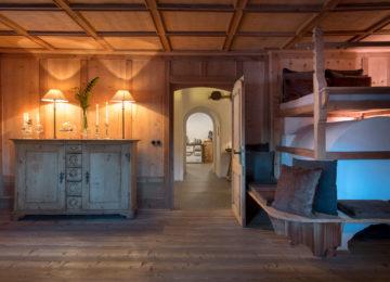 Stube stove bench©White Deer San Lorenzo Mountain Lodge