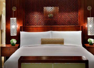 The-Ritz-Carlton-Dubai-Ocean-Club-Suite-Bedroom