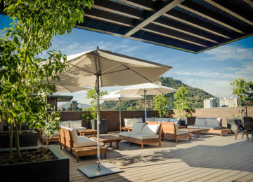 The Singular Hotel Santiago Rooftop Bar © Opal Collection Chile