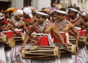 Traditionelle Tänzer©Abercrombie _ Kent