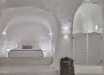 Villa Ioli mit Infinity Pool Schlafzimmer©Hommage Villa Collection, Santorin, Firostefani