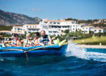 Wassersport Schlauchboote©Hotel Romazzino