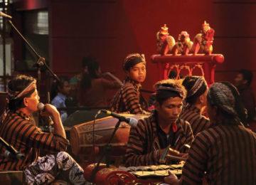 gamelan_performing_jogjakarta