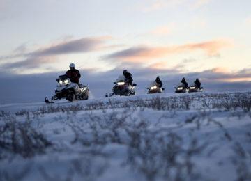 Spitzbergen Snowmobile Tour Luxusreise Norwegen