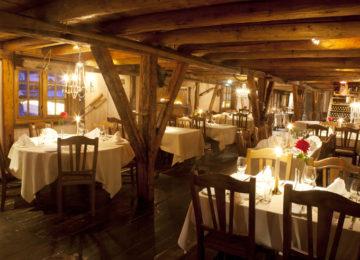 svinoya-rorbuer-restaurant